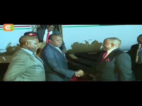 President Kenyatta hold talks with Angolan President Dos Santos