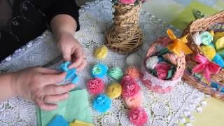 Как сделать цветы из бумажных салфеток.(В этом видео хочу показать как я делаю бумажные цветы.Эти цветы я использую для украшения декоративных..., 2016-03-04T09:56:15.000Z)