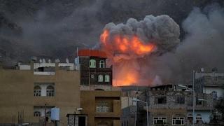 أخبار عربية - #قتلى وجرحى في إنفجار مخزن للذخائر وسط #عدن