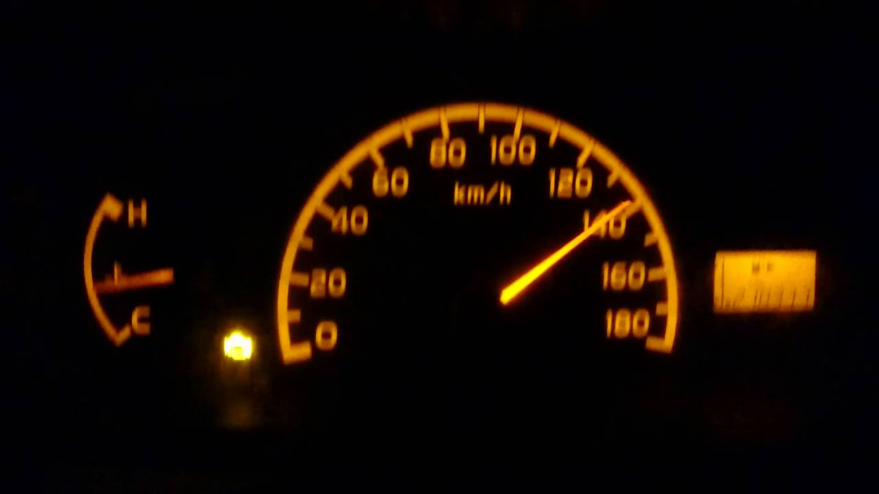 Speedo meter mobil grand max