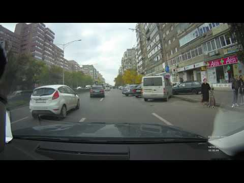 Driving in Europe / Romania / Bucharest / red light camera