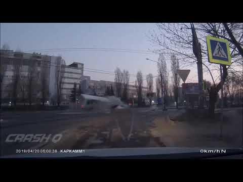 В Воронеже четверо погибли в ДТП на скорости 200 км/ч. ВИДЕО