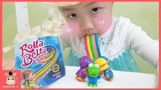 미니 공주 되어 겨울왕국 노래 부르며 무지개 사탕 먹방 ♡ 씹어먹는 우유 뽀로로 먹방 rainbow candy | 말이야와아이들 MariAndKids