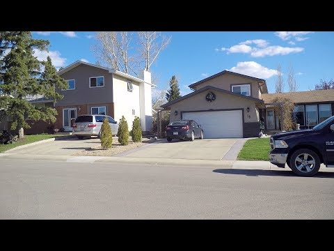 Driving in Red Deer Alberta Canada. City Life. Homes/Houses/Property.