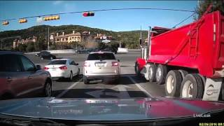 Austin dump truck smashes through an intersection before catching fire   Daily Mail Online