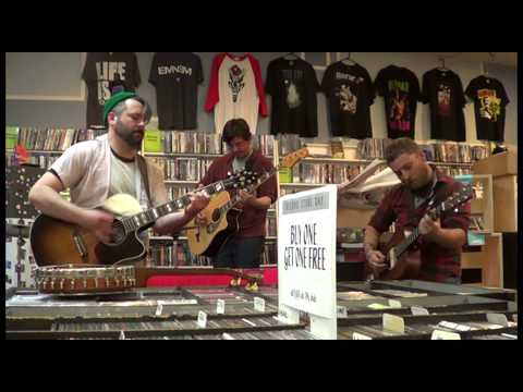 Holly & Plastic - World (acoustic) - Record Store Day 4-18-2015