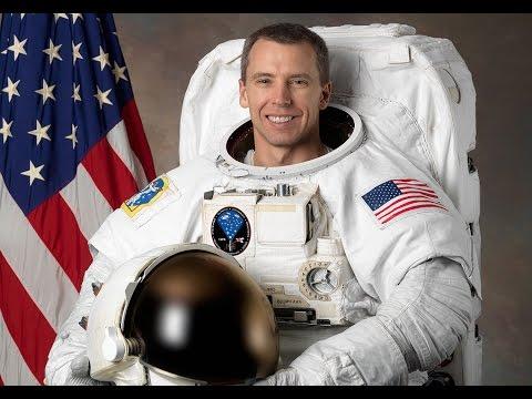 [Doku] Xenius: Wie wird man Astronaut - Der lange Weg ins All (HD)