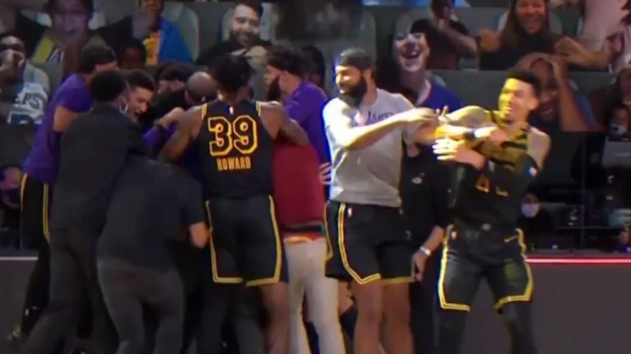 Markieff Morris shoves Danny Green during Lakers celebration after Game 2