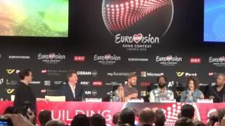 Guy Sebastian sings in Press Conference