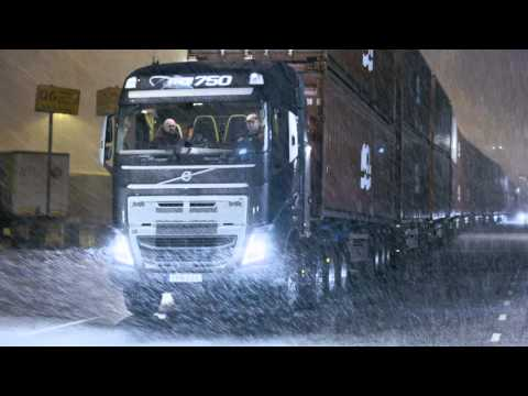 Volvo Trucks - Trailer: Volvo Trucks vs 750 Tonnes
