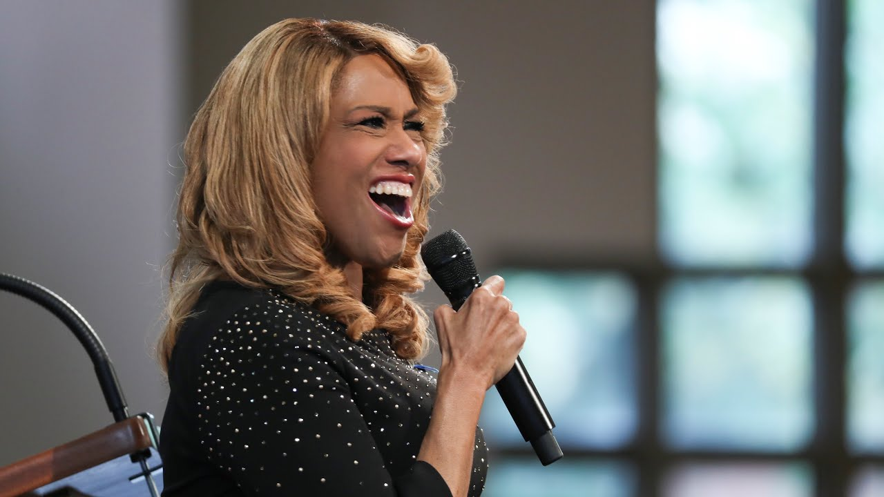 Jennifer Holliday Performs 'Take My Hand, Precious Lord' at John ...