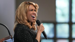 Jennifer Holliday sings 'Take my hand, precious Lord' at John Lewis funeral