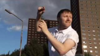 Limmy's Show - Dancing in the dark