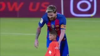 """""""L'enfant au sac en plastique"""" a finalement rencontré Messi"""