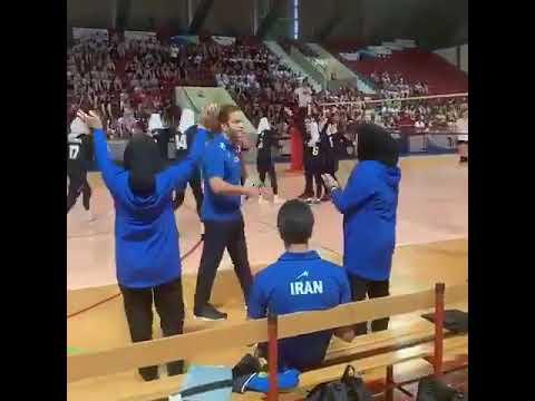 Why Iranian sportswomen use the 'halal high-five'