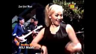 Video Woyo Woyo - Cici Amanda hot download MP3, 3GP, MP4, WEBM, AVI, FLV Oktober 2017