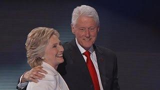 «أوباما» و«بيل كلينتون» يقومان بحملة دعمًا لهيلاري