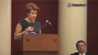 Ewa Gawor   Omówienie sytuacji pod Pałacem Prezydenckim
