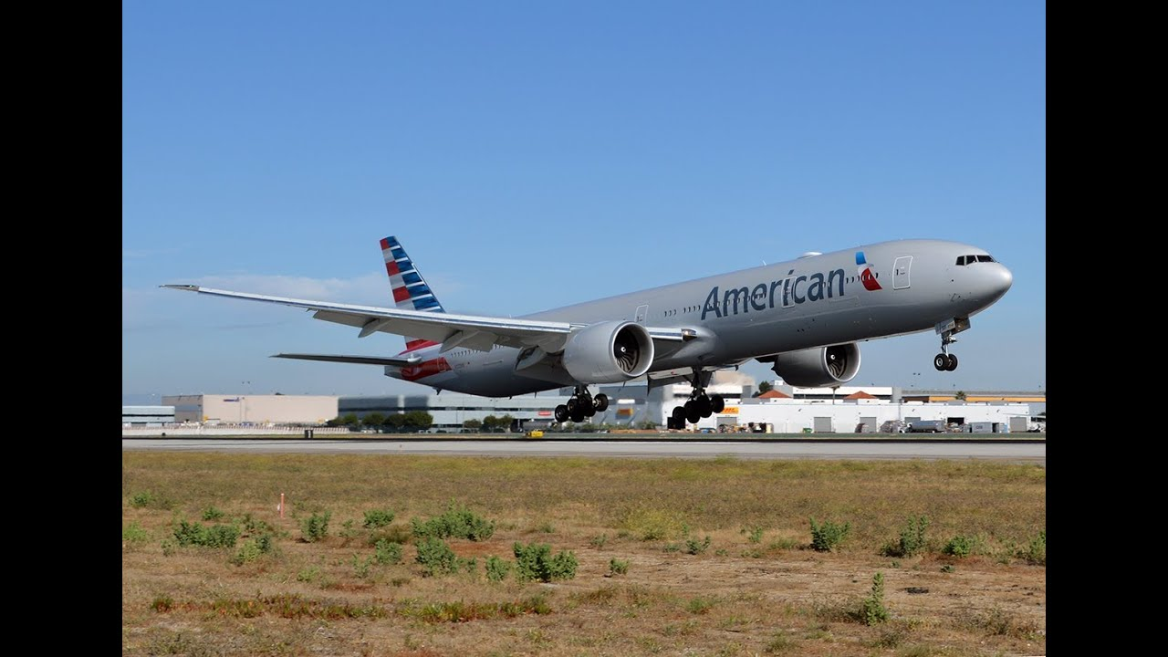 American Airlines Boeing 777-323(ER) [N722AN] at LAX