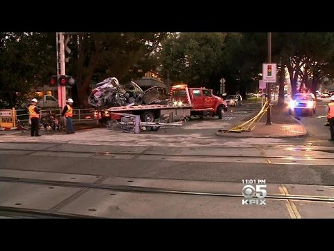 Caltrain Fatally Strikes 30-Year-Old Woman In Car On Menlo Park Tracks