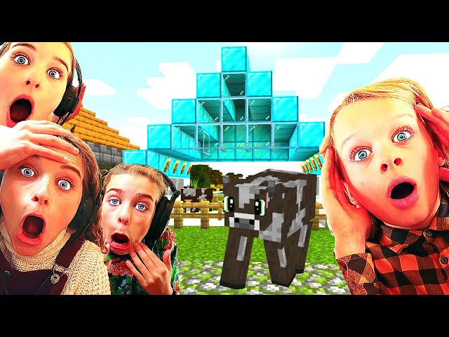 WHICH KID BUILDS THE BEST FARM ANIMAL PEN ? Minecraft w/ The Norris Nuts