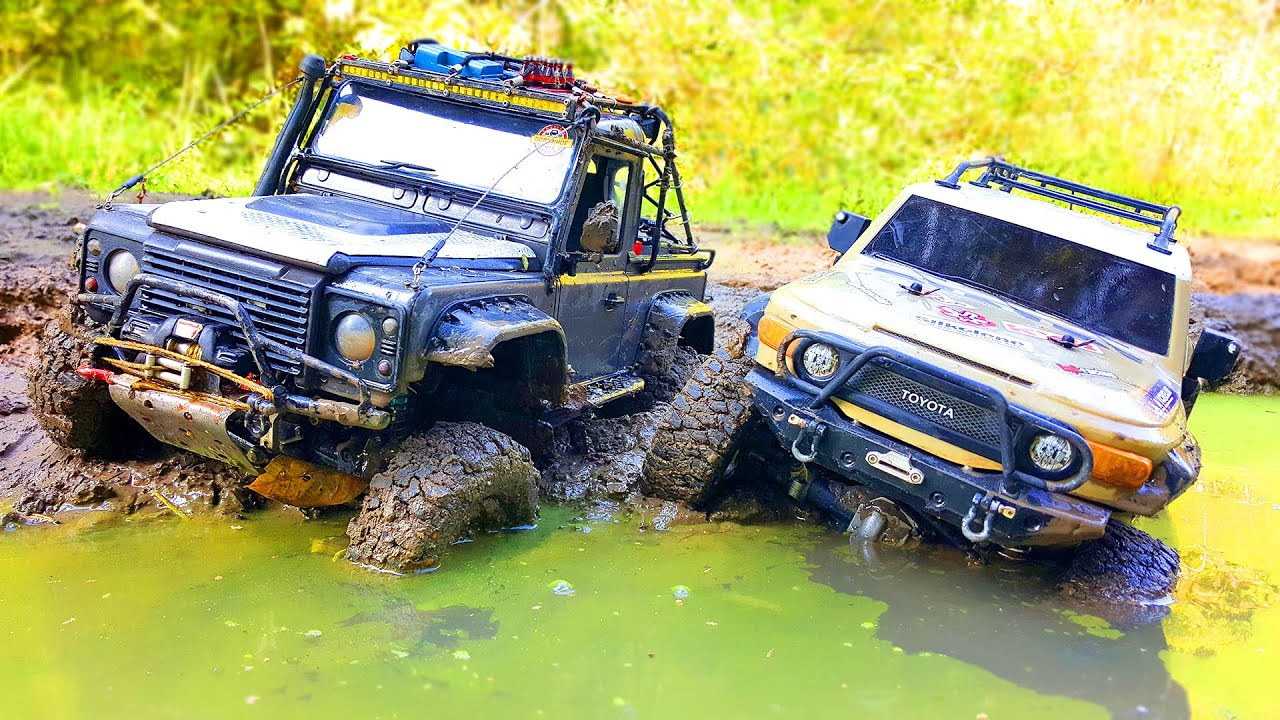 RC Cars Stuck in MUD | Toyota FJ Cruiser HPI Venture VS Land Rover Defender | Wilimovich