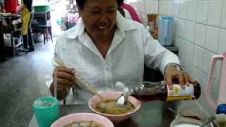 Thailand's Most Famous Meatballs.mpg