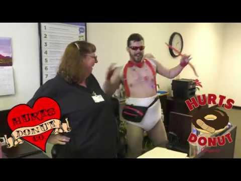 Hurts Donut Co. Clown Delivery at Truck Stopиз YouTube · Длительность: 46 с