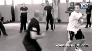 SELF DEFENSE EXPERT IN ACTION - A MUST WATCH!!
