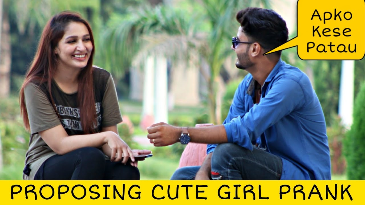 Flirting Prank on Cute Girl With Twist | Prank In Pakistan @That Was Crazy