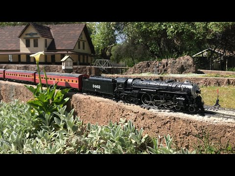 ep.-2:-mike-and-carole-epstein's-g-scale-garden-railroad-layout-tour