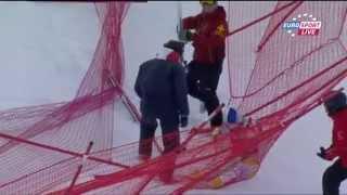 Lindsey Vonn crash - Val D'Isere 14.12.2012 Downhill