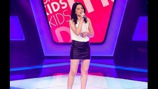 Clara Lima canta ?As rosas não falam? no The Voice Kids - Audições|1ª Temporada