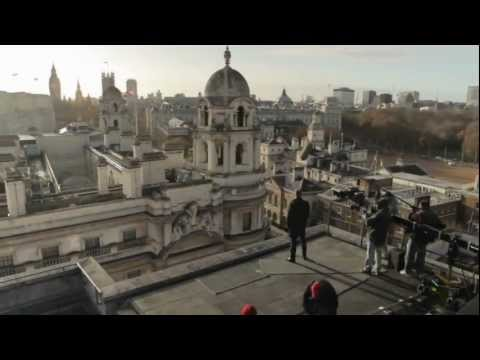 "James Bond SKYFALL: ""London"" Featurette"
