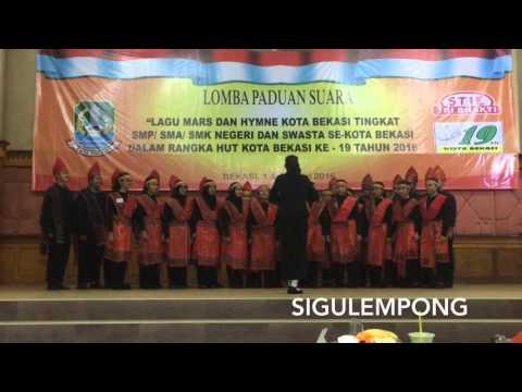 SAGATRI CHOIR (SMAN 3 Bekasi) - Sigulempong & Mars Kota Bekasi