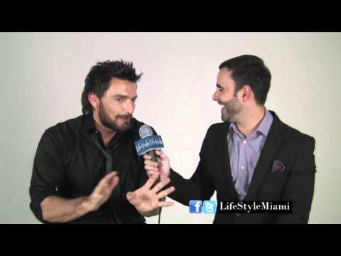 Detrás de cámaras con Julián Gil en LifeStyle Miami.com