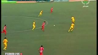 رياضة  مولودية وهران يستعيد صدارة الدوري الجزائري