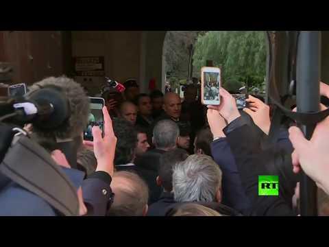 ماكرون يخرج عن السيطرة بسبب شرطي إسرائيلي ويطرده من كنيسة في القدس  - نشر قبل 1 ساعة