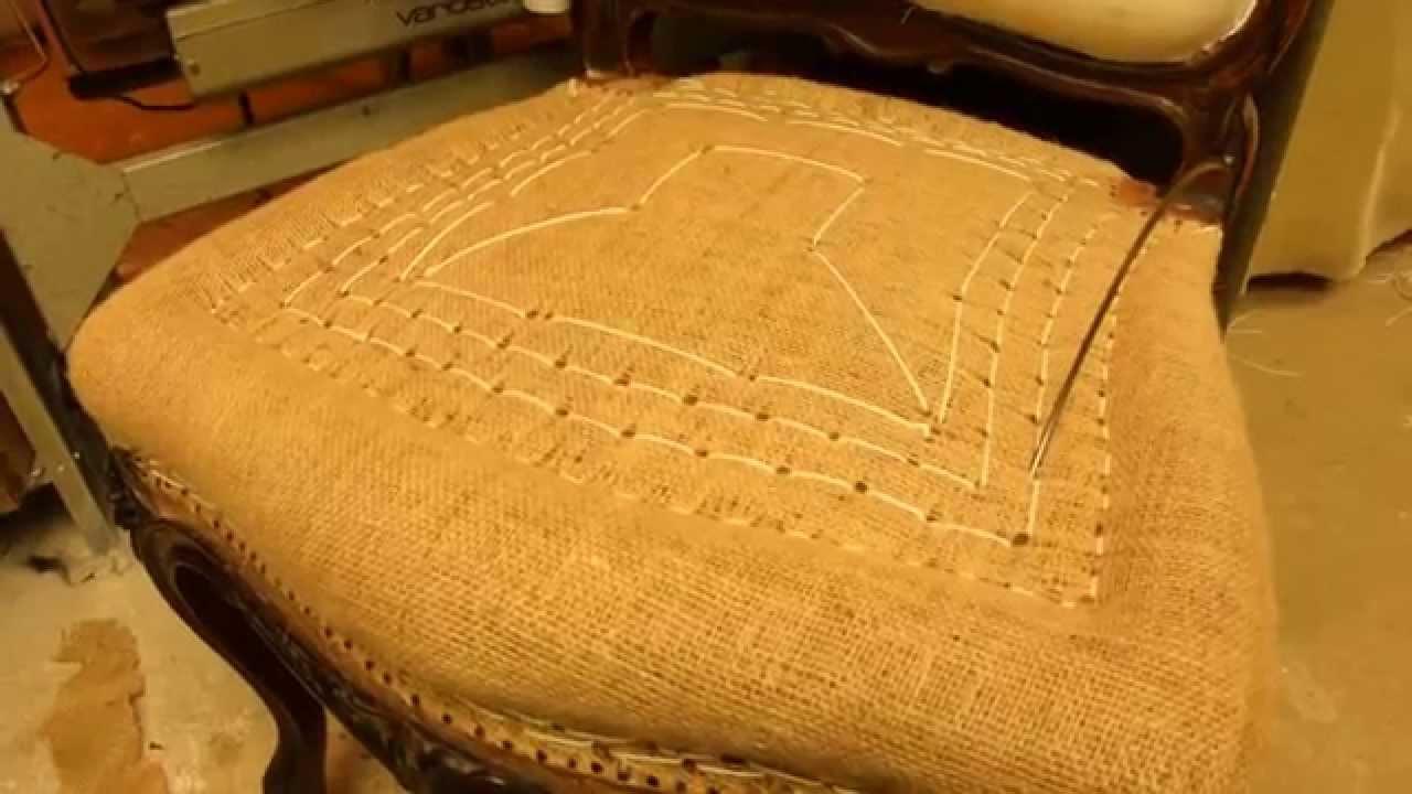 tapissier garniture traditionnelle youtube. Black Bedroom Furniture Sets. Home Design Ideas