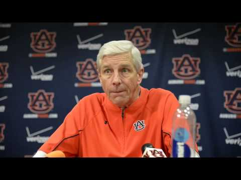 Auburn DC Ellis Johnson discusses missed tackles against TAMU
