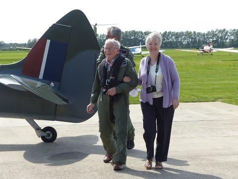 Cy Payne's 80th Birthday Spitfire Flight