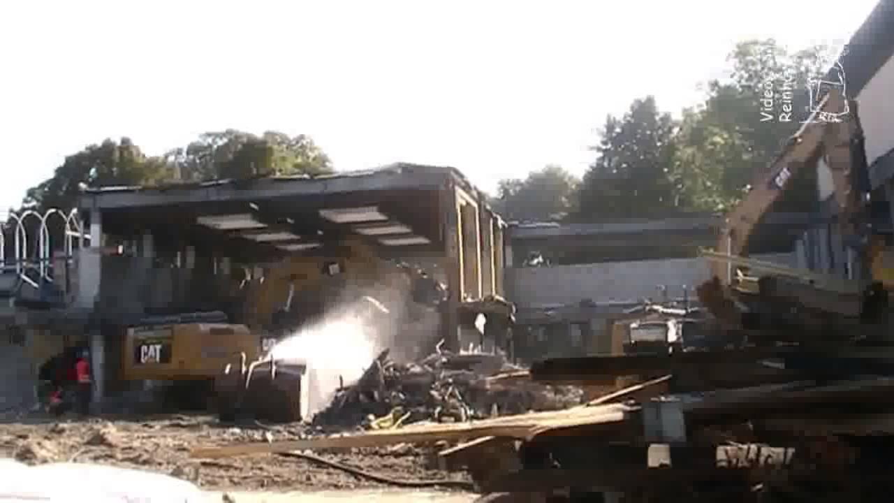 03.09.2014 Abriss altes Hallenbad in Dorsten - YouTube