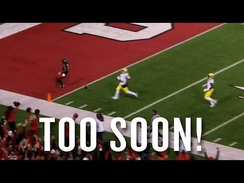Utah's Kaelin Clay drops ball before TD, Oregon returns it for 100-yard TD