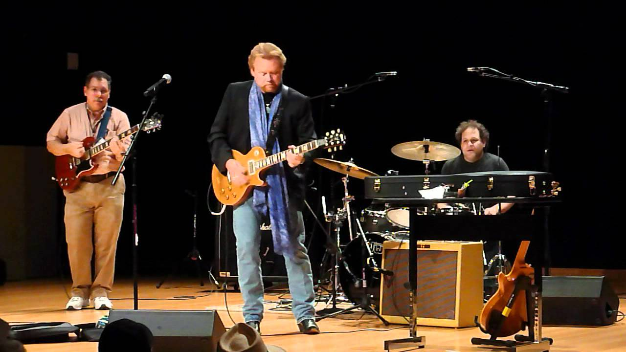 Lee Roy Parnell at GearFest 2012 - YouTube