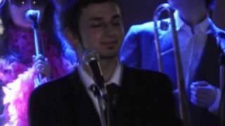 Los Colorados Orchestra - Besame
