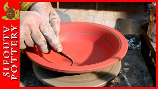 Pottery throwing - How to Make a bowl with slip and sgraffito #9