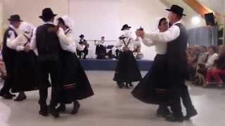 Valse Ecossaise et Galloise par le groupe folklorique Val d