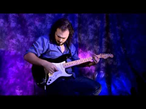 G-5 VG Stratocaster®: V-Guitar Overview