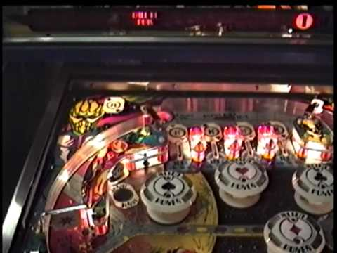 #37 Understanding Pinball - Williams' ALIEN POKER - Learn How It Plays! - TNT Amusements