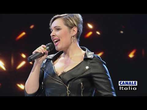 "Veronica Ricci ""Questa vita"" | Cantando Ballando"